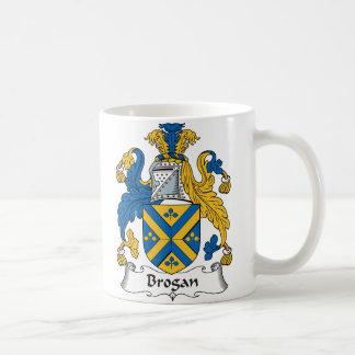 Escudo de la familia del Brogan Taza De Café