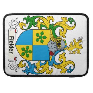 Escudo de la familia del centro campo fundas macbook pro
