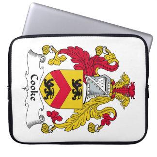 Escudo de la familia del cocinero fundas portátiles