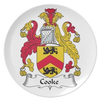 Escudo de la familia del cocinero platos para fiestas