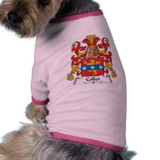 Escudo de la familia del collar camisa de perrito