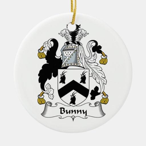Escudo de la familia del conejito adorno navideño redondo de cerámica