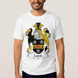 Escudo de la familia del cordero camisas