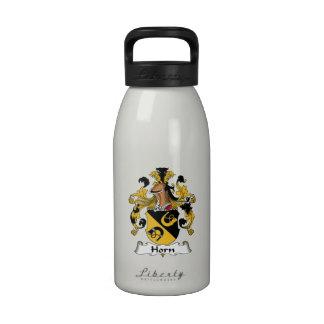 Escudo de la familia del cuerno botella de agua reutilizable