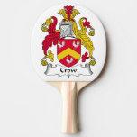 Escudo de la familia del cuervo pala de ping pong