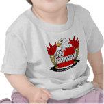Escudo de la familia del dardo camisetas