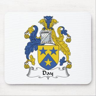 Escudo de la familia del día alfombrilla de ratones