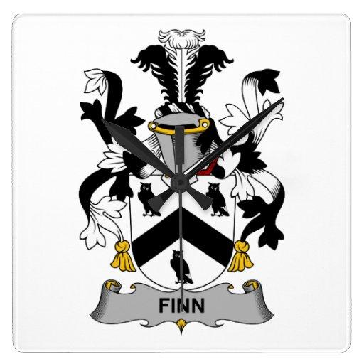 Escudo de la familia del Finn Reloj Cuadrado