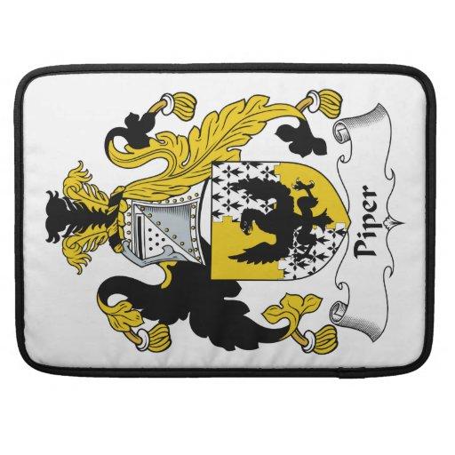 Escudo de la familia del gaitero fundas para macbook pro