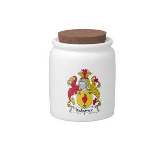 Escudo de la familia del halconero jarras para caramelos
