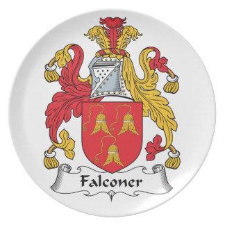 Escudo de la familia del halconero platos de comidas