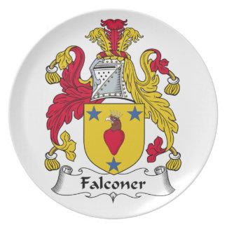 Escudo de la familia del halconero platos