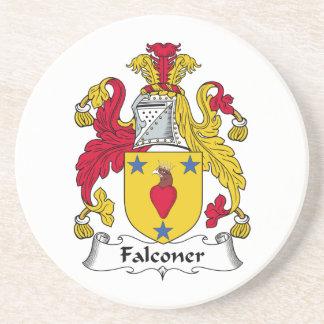 Escudo de la familia del halconero posavasos para bebidas