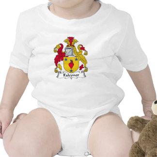 Escudo de la familia del halconero trajes de bebé