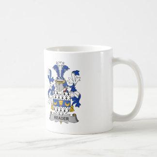 Escudo de la familia del lector taza de café