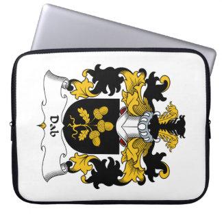 Escudo de la familia del lenguado fundas computadoras