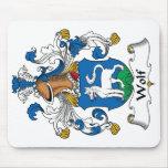 Escudo de la familia del lobo tapete de ratón