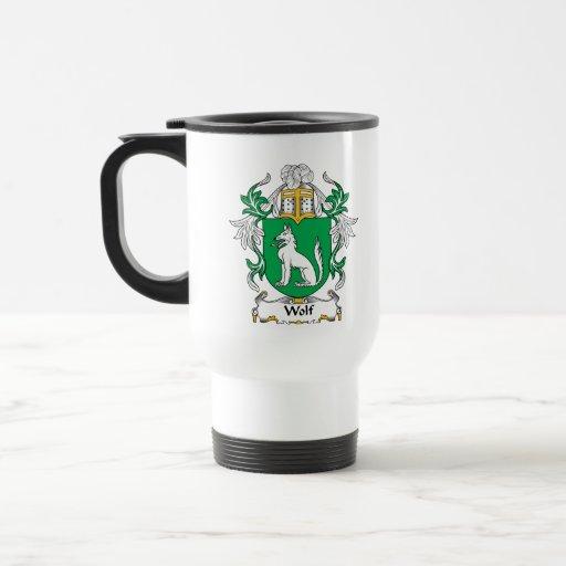 Escudo de la familia del lobo tazas de café