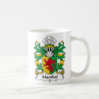 Escudo de la familia del mariscal taza básica blanca