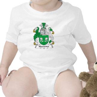 Escudo de la familia del martillo trajes de bebé