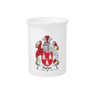 Escudo de la familia del portero jarra para bebida