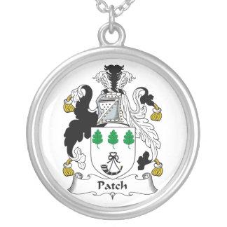 Escudo de la familia del remiendo collar personalizado