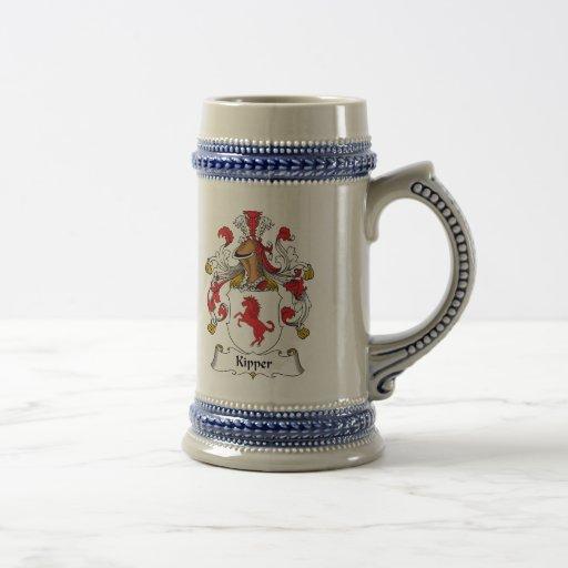Escudo de la familia del salmón curado tazas de café
