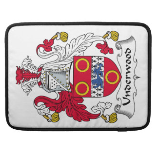 Escudo de la familia del sotobosque fundas para macbook pro