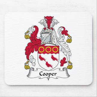Escudo de la familia del tonelero alfombrillas de raton