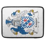 Escudo de la familia del tonelero fundas para macbook pro