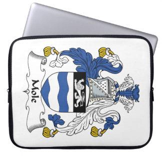 Escudo de la familia del topo fundas computadoras