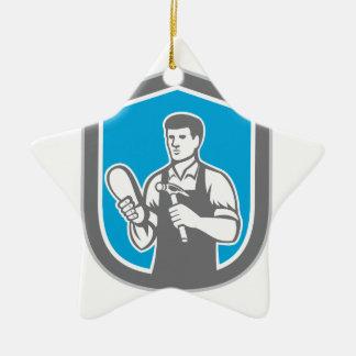 Escudo de la reparación del zapato del zapatero adorno navideño de cerámica en forma de estrella