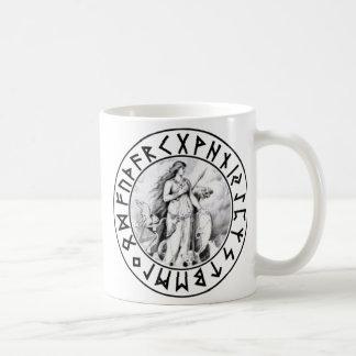 escudo de la runa de Freya de la taza