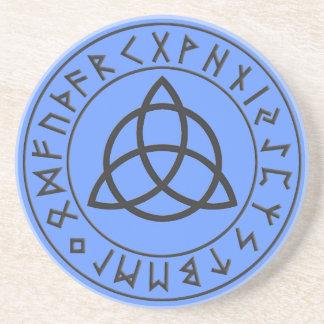 Escudo de la runa de Triquetra Posavaso Para Bebida