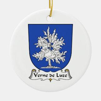 Escudo de Verne de Luze Family Adorno Redondo De Cerámica