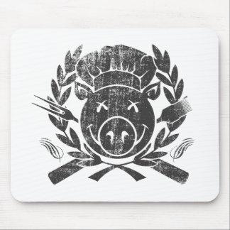 Escudo del Bbq - negro llevado Mouse Pads