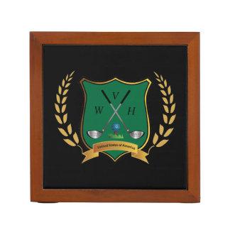 Escudo del golf con el monograma de la guirnalda organizador de escritorio