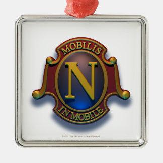 Escudo del nautilus N de David McCamant Adorno Cuadrado Plateado