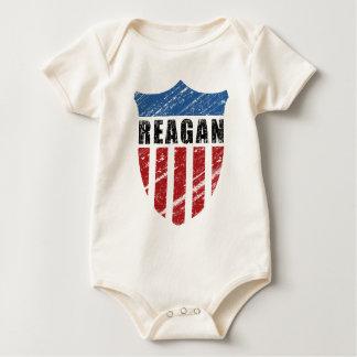 Escudo del patriota de Reagan Mameluco De Bebé