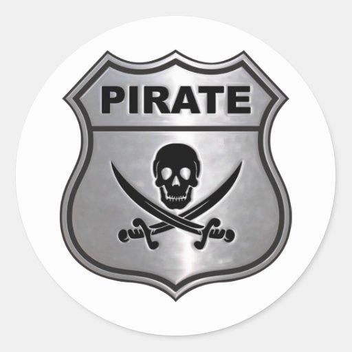 Escudo del pirata pegatina redonda