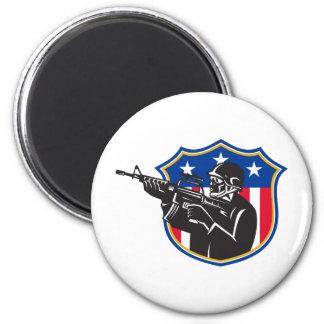 escudo del rifle del policía del golpe violento de imanes para frigoríficos