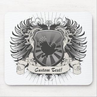 Escudo del vuelo de Eagle Tapete De Ratones