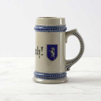 Escudo desenfrenado del unicornio jarra de cerveza