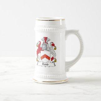 Escudo en enlace de la familia tazas de café