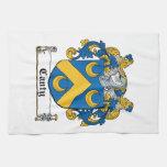 Escudo enérgico de la familia toalla