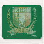 Escudo irlandés del orgullo tapete de raton