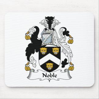 Escudo noble de la familia alfombrilla de ratones