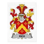 Escudo rico de la familia invitaciones personalizada