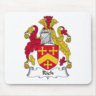 Escudo rico de la familia alfombrillas de raton