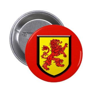 Escudo rojo del amarillo del león pin redondo 5 cm